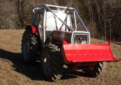 gozdarska nadgradnja na traktorju go tehnika