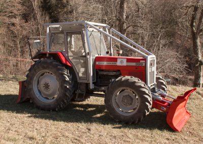 gozdarska nadgradnja traktorja go tehnika